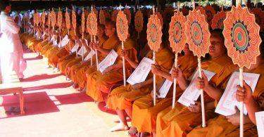 Thai_Buddhist_monks